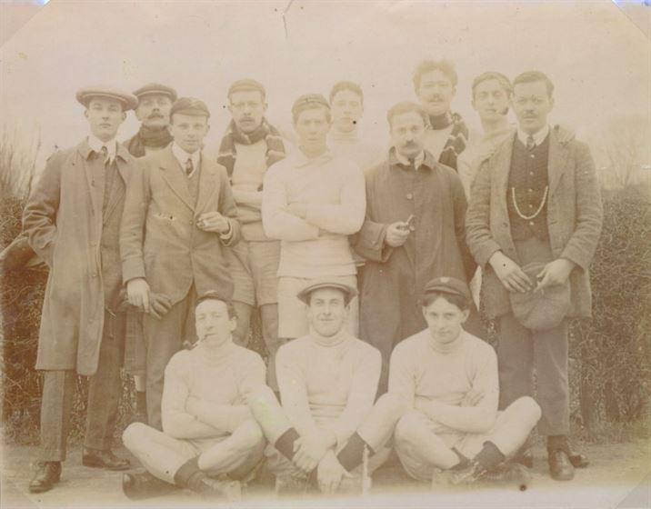 W0416a Football Club 1902/03 & 1938