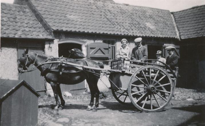 W0833a Elm Farm 1930s