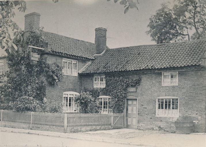 W1304a Wheel Inn (pre-1910)