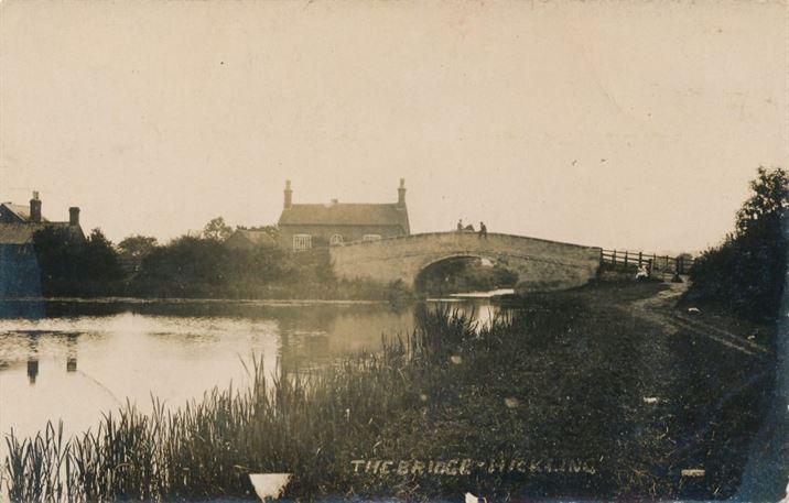 W1306b Canal, Basin & Bridge (dates?)