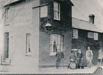 W1313b The Plough Inn (pre-1918)