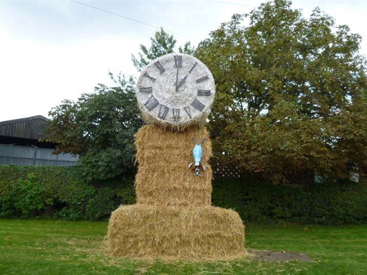 Scarecrows 2017: Fairy Tales & Nursery Rhymes (CW)