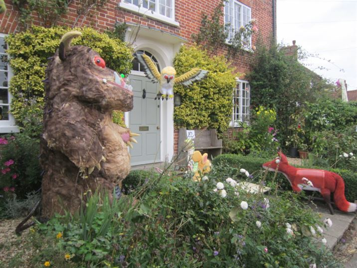 Scarecrows 2014: Children's Rhymes & Story Times (JF)
