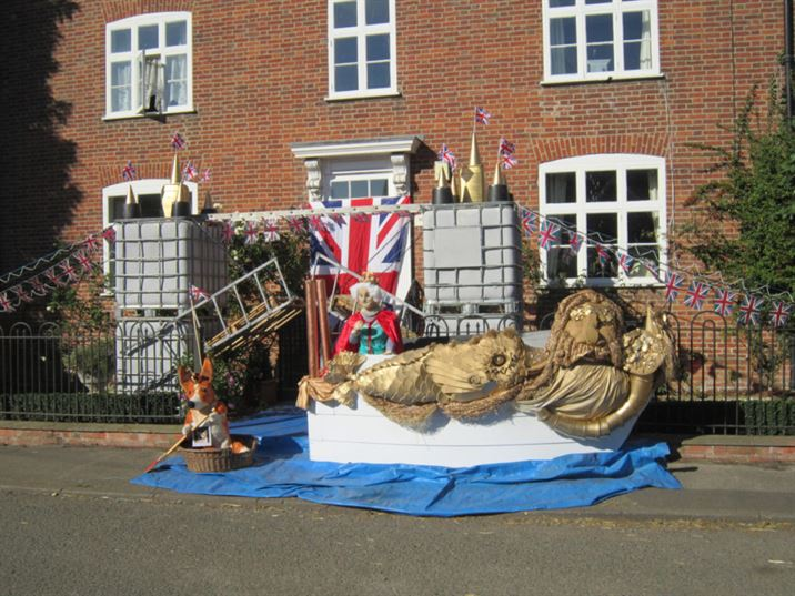 Scarecrows 2012: Best of British (JF)