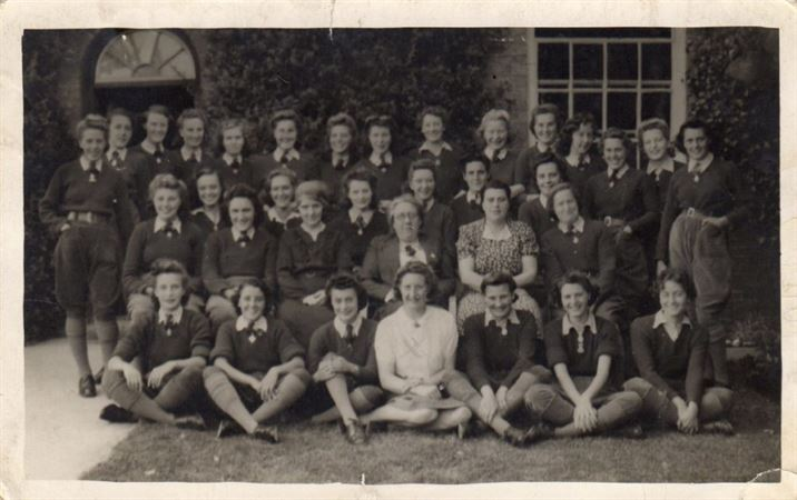MC: The land girls at Kinoulton Hostel