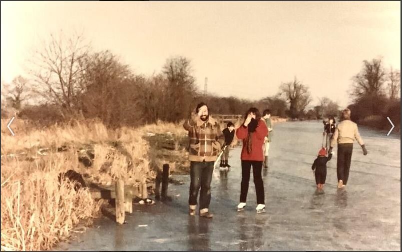 Skating and Ice Hockey on the Hickling Canal Basin 1983/4 (P.Simons)