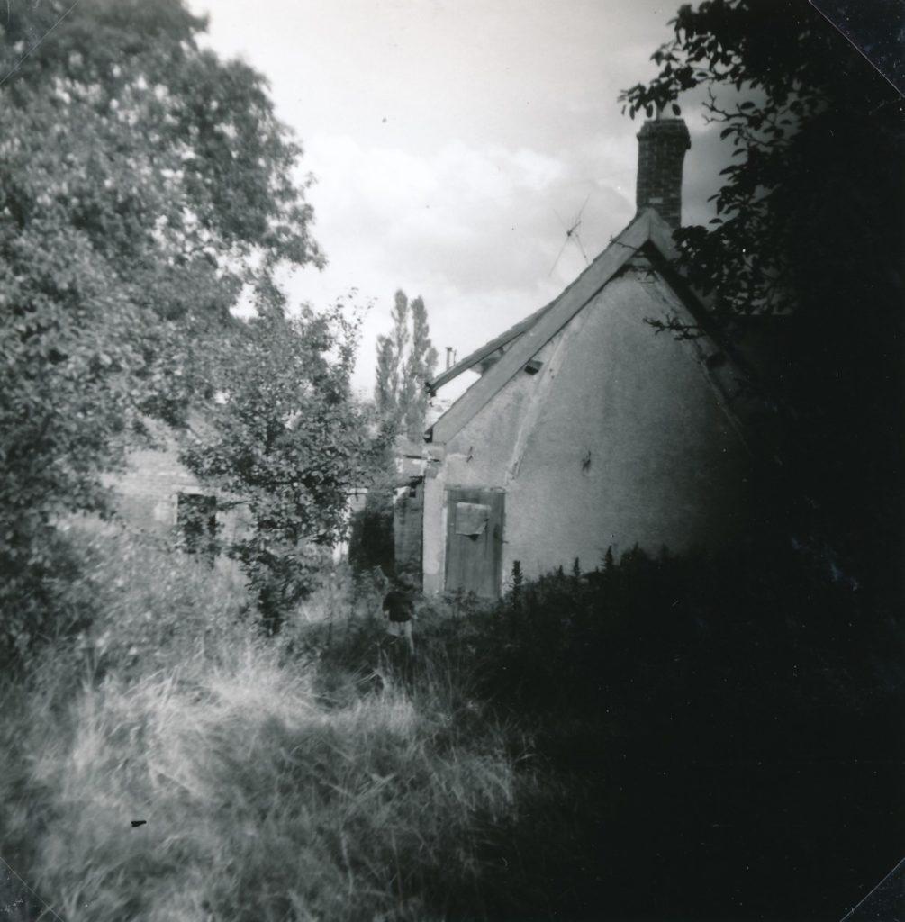 W0998 Hodson's Yard 1965