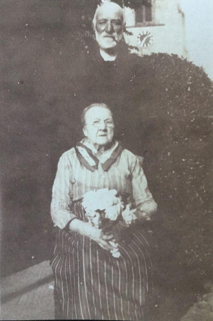 George & Martha at End Cottage behind Jessamine (Norton family)