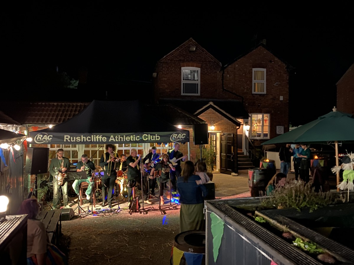 The Scarecrow Hop & the Plough Inn (JF)
